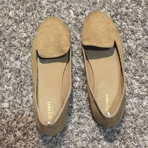 OLD NAVY LOAFER FLATS WITH STUDS